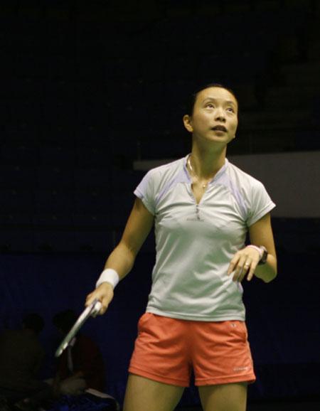 中国羽球赛在即 法国名将皮红艳积极备战