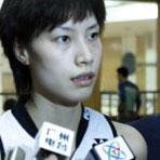 谢杏芳接受记者采访