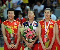 [视频]-中国女排0:3不敌巴西 大奖赛首尝败仗