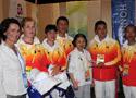 [组图]-中国奥运马术参赛运动员今日抵达香港