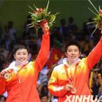 [组图]-于洋、杜婧获得奥运会羽毛球女双金牌