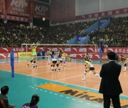 [视频]-08-09年全国女排联赛江苏3比2胜八一