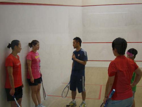 备战东亚锦标赛 中国壁球队赴香港热身迎战大赛