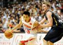 中国男篮81-80澳洲