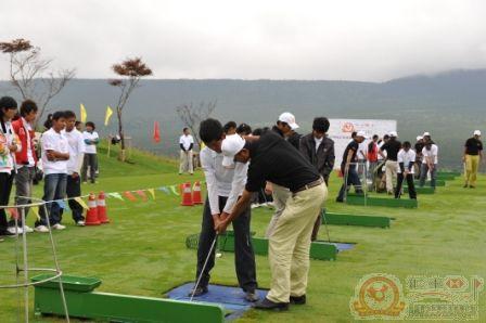 2009汇丰全国青少年高尔夫夏令营第一日 高尔夫青少年发展