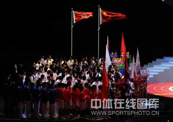 [组图]第五届东亚运动会闭幕 闭幕式林丹任旗手