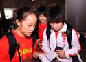 [组图]-中国女子摔跤队出征莫斯科世界锦标赛