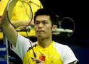 [组图]中国大师赛男单次轮 男林丹2比0法国选手