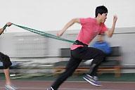 [视频]-参加两会仍坚持训练 刘翔对脚伤表示乐观
