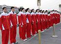 [组图]-中国女排看升旗