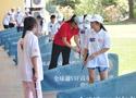 [组图]-姑苏城外顺风港 百余孩童击球忙
