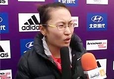 [视频]-贾超风夺北京马拉松女子组冠军接受采访