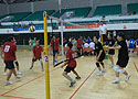 [组图]老健会气排球交流开始 活动现场紧张激烈