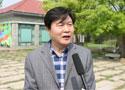 张怡接受记者采访