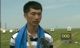 男子冠军张岩旭采访