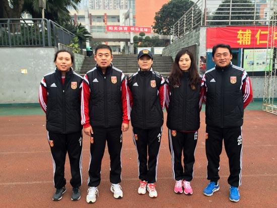 U-13女足国少队选拔集训 :重视进攻与防守