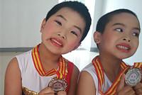江苏首届青少年体操节 小朋友享体操运动快乐