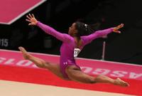 美国选手拜尔斯夺得世锦赛女子自由体操冠军