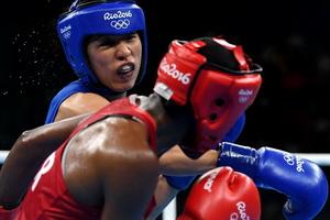 拳击女子48-51公斤:任灿灿摘铜