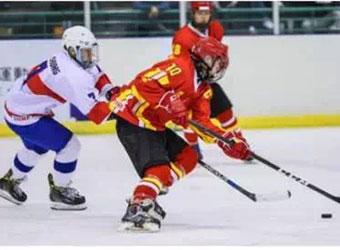 中国U18国青冰球队五战全胜成功晋级