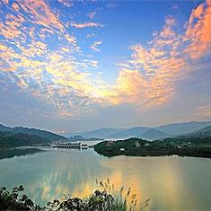 重庆汉丰湖风光