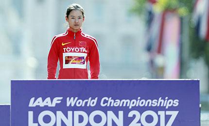 终点线前决胜!小将杨家玉世锦赛女子20公里摘金