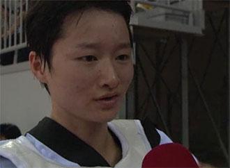 吴静钰享受全运比赛 称首次入村很开心